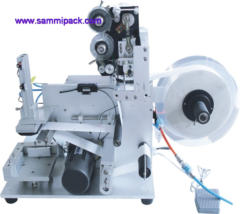 flat surafce labeling machine with date printer